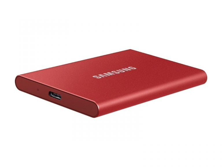 Portable Samsung T7 SSD with up to 1.050 MB/s